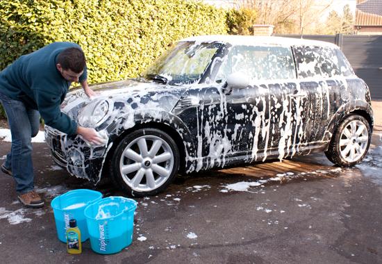 Nettoyage ext rieur pour une voiture rutilante triplewax - Produit pour lustrer une voiture ...